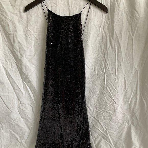 🤩 5x$20 UO Sequin Low Back Cross-Strap Dress